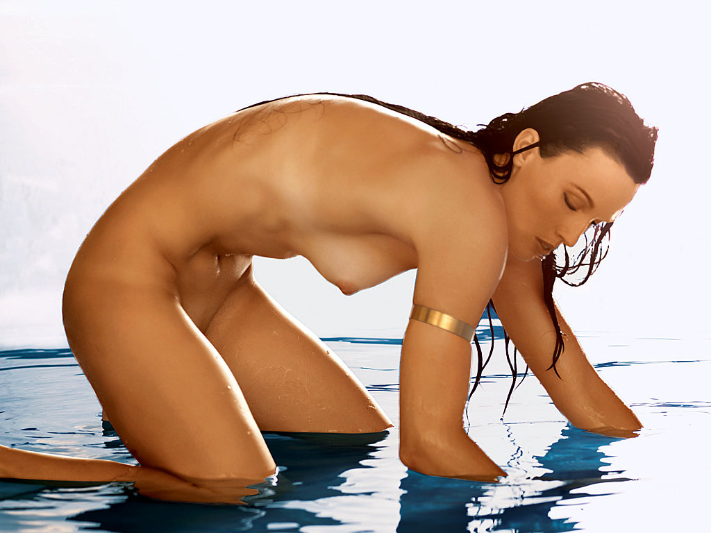 omniyoji  nsfw someone woman just bunch celebs hack became duck epical fuck fod