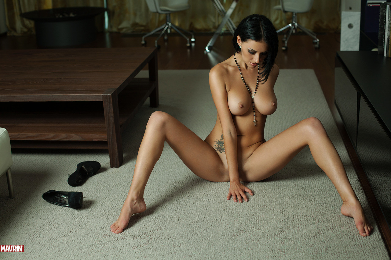 zerk  nsfw someone woman just bunch celebs hack became duck epical fuck