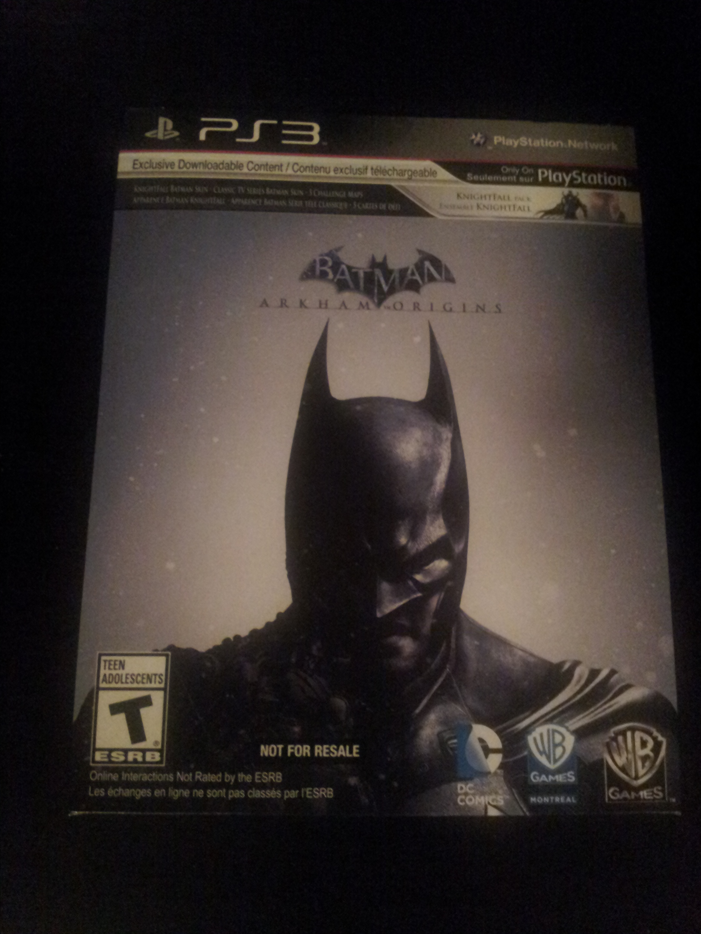 xerlic  with batman last origins arkham shipped bought packaged what prevent they case thats looks reselling guess manual want spoilers like picture looking pretty much just came that holiday bundle comes paper sleeve game selling tracking instruction