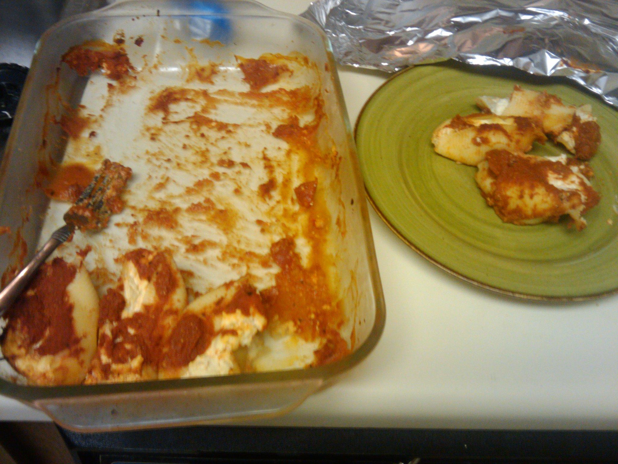 ksandra  pizza good show leftovers people white